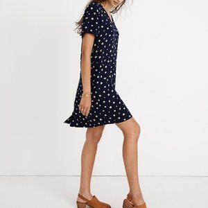 Madewell Button-Back Easy Dress in Daisy Dress